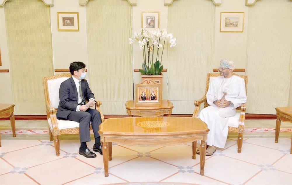 وزير الخارجية يستقبل النائب الثاني لوزير الخارجية الكوري