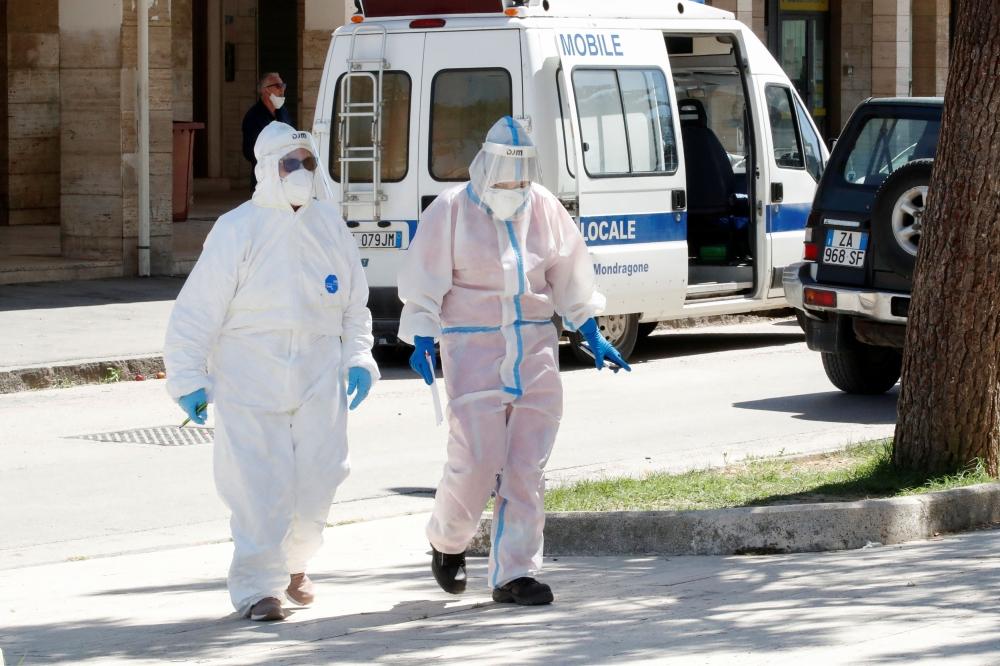 The coronavirus disease (COVID-19) outbreak in Mondragone